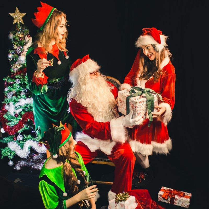 Moș Crăciun la grădiniță, domiciliu, birou, alte locații